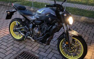 Moto in notturna